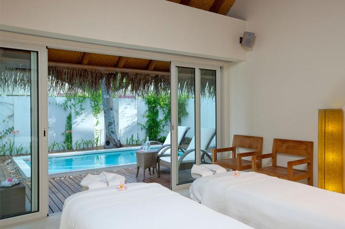 Holiday Inn Kandooma Maldives 1