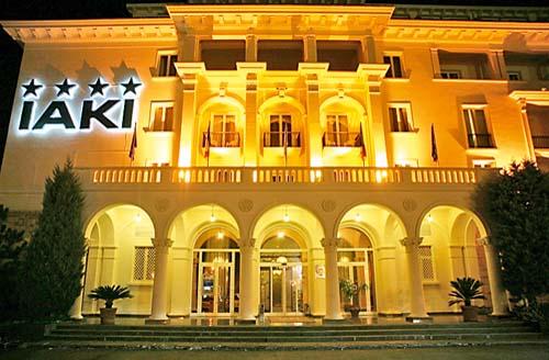 hotel-iaki